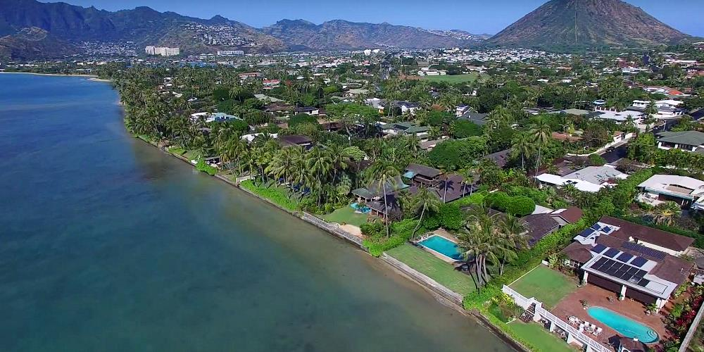Portlock Oceanfront Homes - Drone Photo