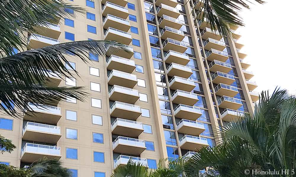 The Watermark Waikiki Balconies