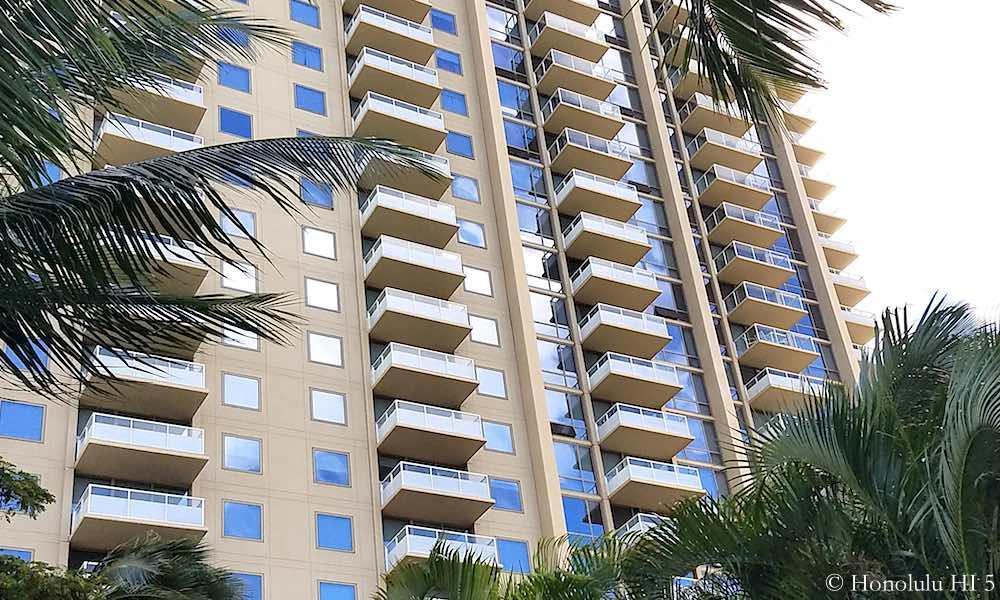 The Watermark Waikiki Balconies