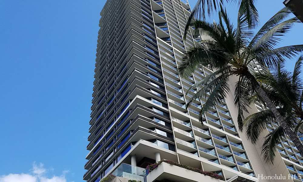 Trump Tower Waikiki - Zoom In Exterior To See Balconies