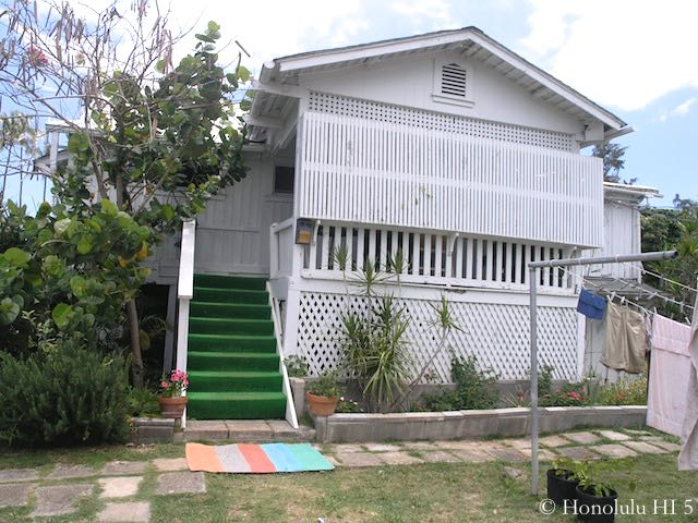 Kailua Fixer Upper - Original Exterior Look