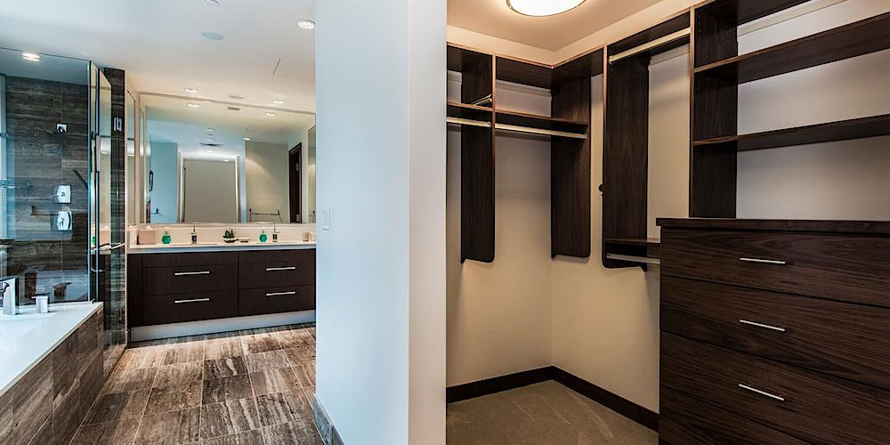 One Ala Moana Penthouse 2000 - Master Bathroom