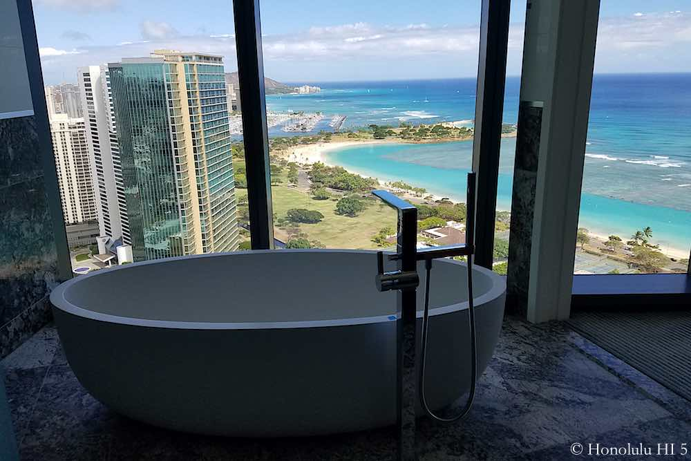 Anaha 37th Floor Penthouse A Bathtub View