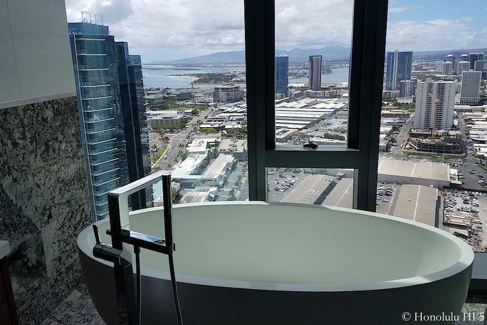 Anaha 37th Floor Penthouse B Master Bathtub view