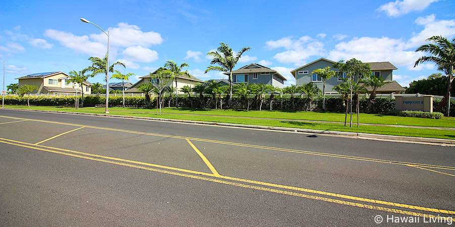Hoowalea Street in Ewa Beach