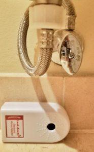 Toilet Shut-Off Valve with Zircon Leak Alert