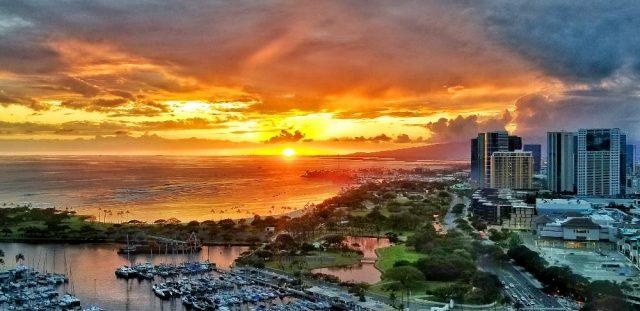 Honolulu Sunset 4.4.2020